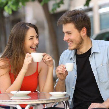 conversacion estimulante con una mujer